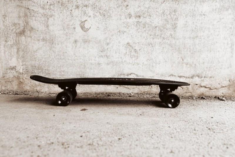 Longboard elettrico o longboard artigianale? Quale è meglio?